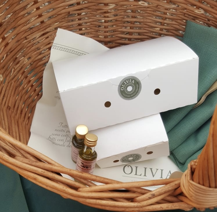 picnic olivia