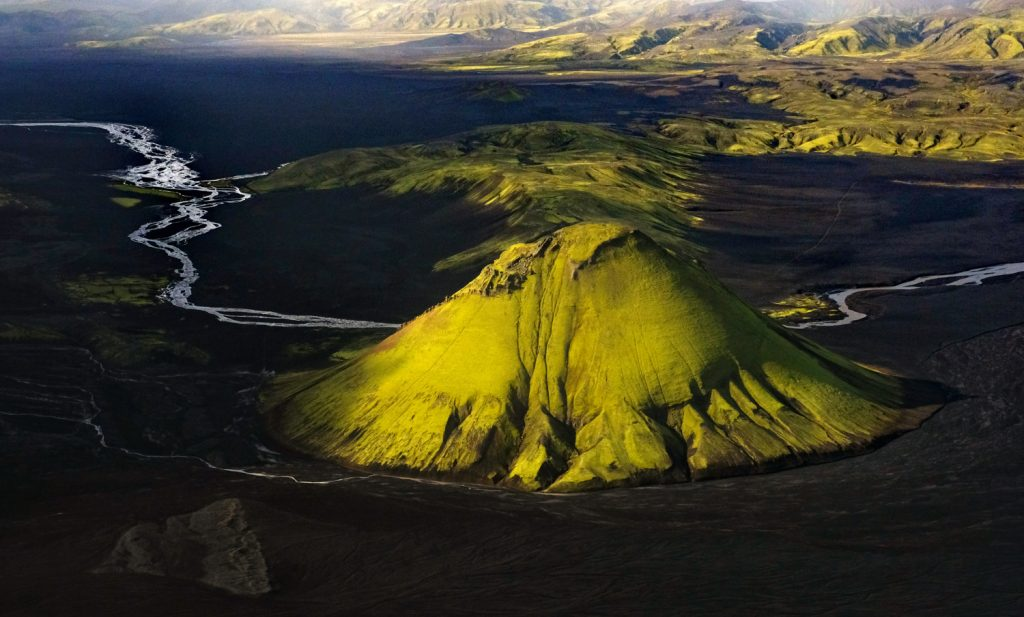 Luca Bracali, Islanda